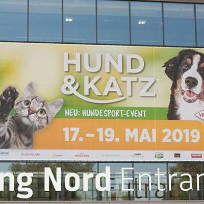 Eingangsbereich der 'Hund & Katz' 2019 in Dortmund