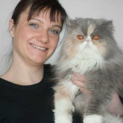 Miriam mit Katze Janis