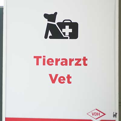 Aufsteller 'Tierarzt / Vet' auf der Hund & Katz Messe Dortmund 2018