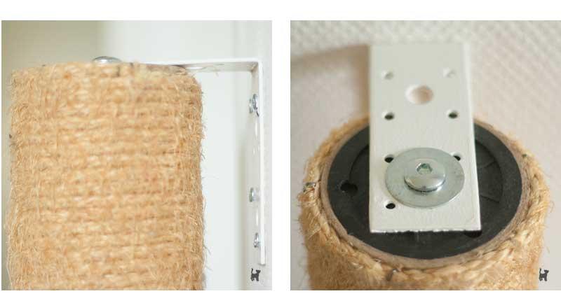 Die Kratzsäule wird mit dem Winkelverbinder an der Wand befestigt