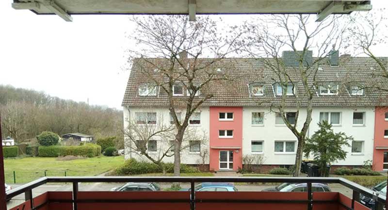 Blick aus ungesichertem Balkon